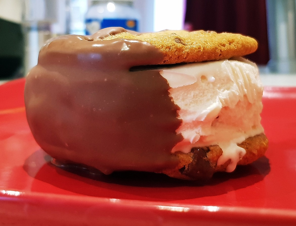 Ice cream sandwich - July and August 2018 Monthly Recap by BeckyBecky Blogs