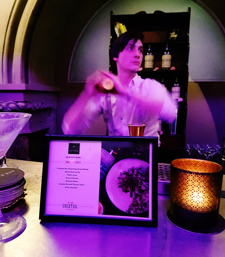 Bartender for Vice & Virtue at the Cocktail Experience Leeds - Review by BeckyBecky Blogs