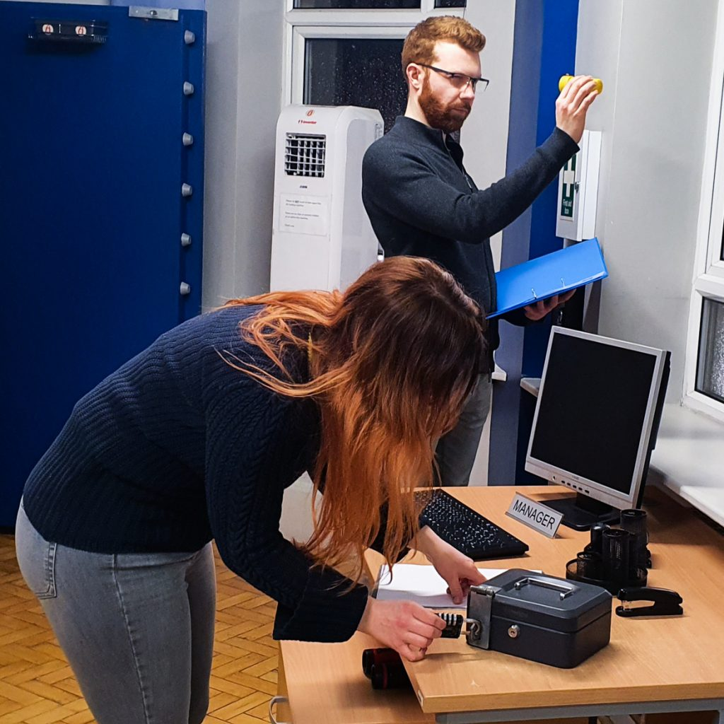 Gem Runner escape room by Lucardo Manchester - Exploring Manchester's geek scene with BeckyBecky Blogs