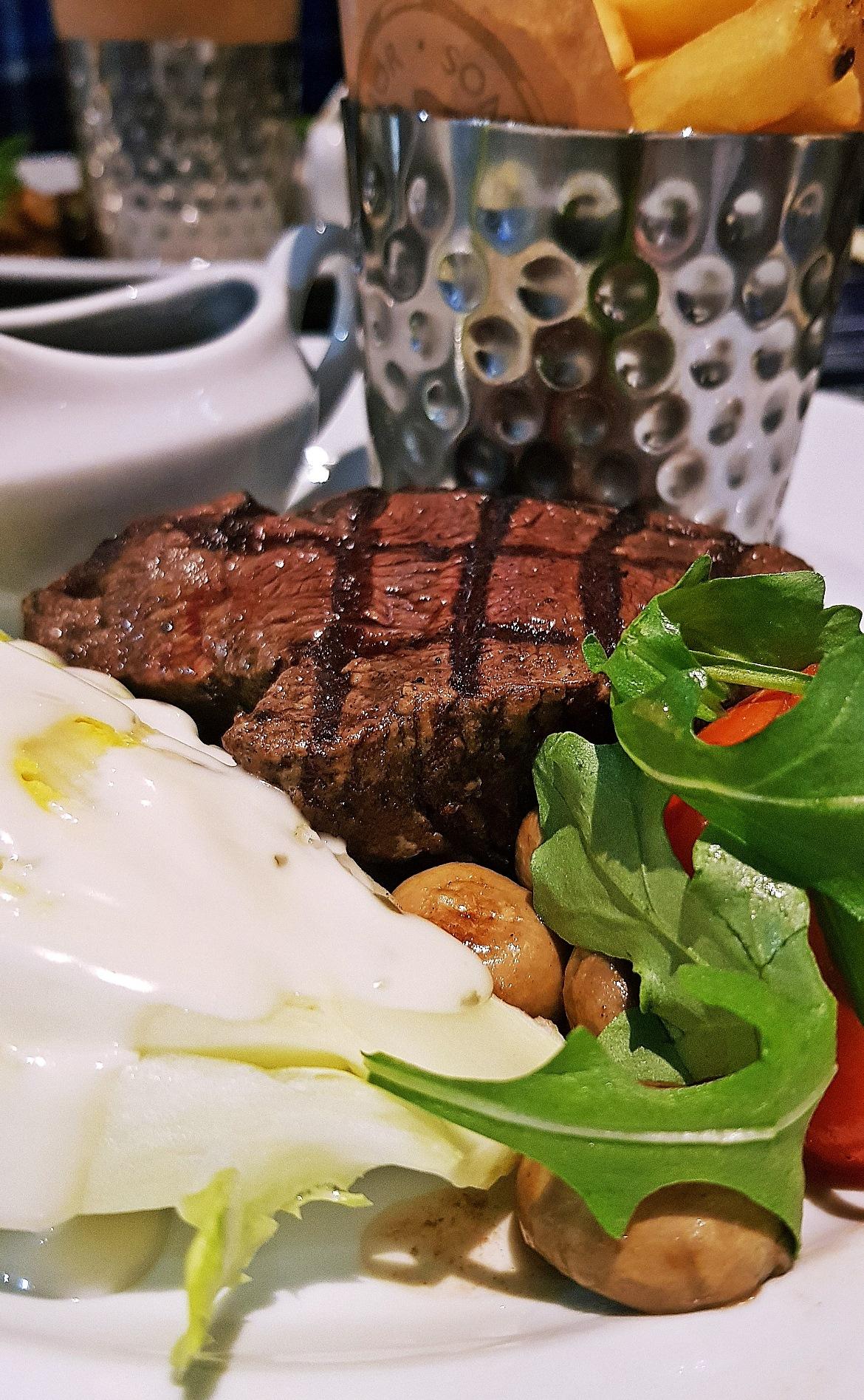 Fillet steak - Grosvenor Casino Leeds review by BeckyBecky Blogs