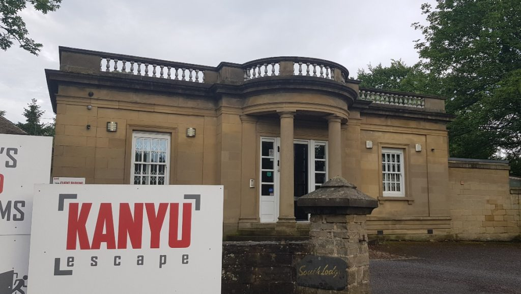 South Lodge - Follow in my Footsteps by Kanyu Escape, Leeds escape room review by BeckyBecky Blogs