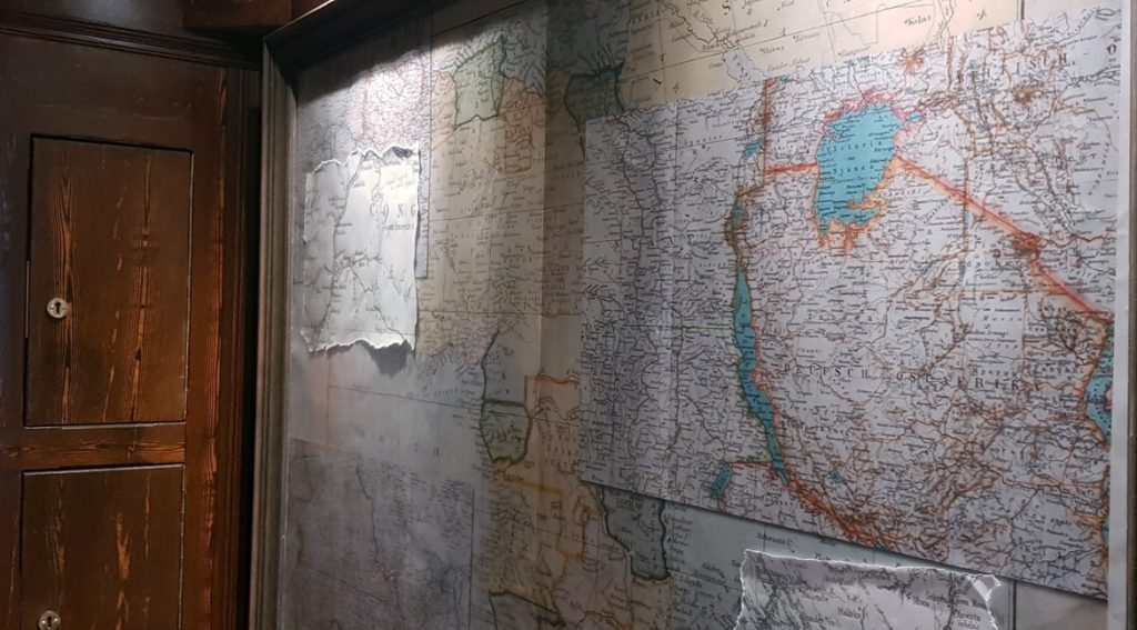 Maps on the wall - Follow in my Footsteps by Kanyu Escape, Leeds escape room review by BeckyBecky Blogs