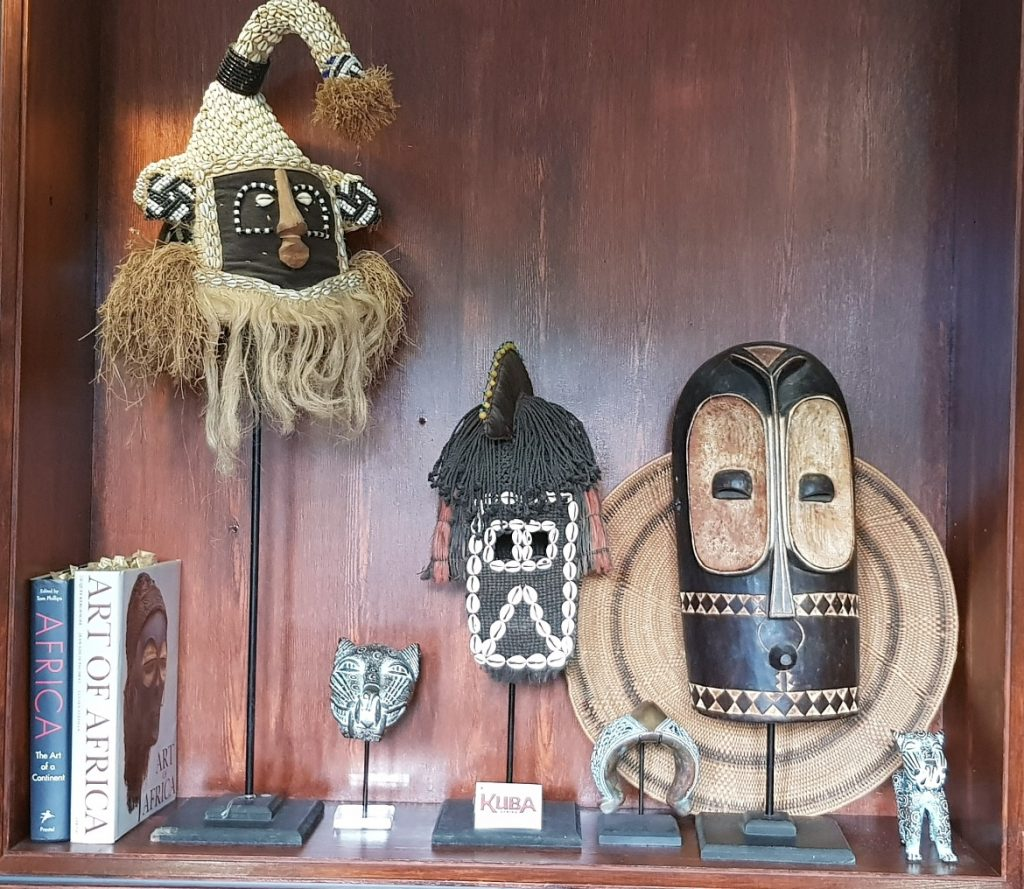 African knick knacks - Follow in my Footsteps by Kanyu Escape, Leeds escape room review by BeckyBecky Blogs