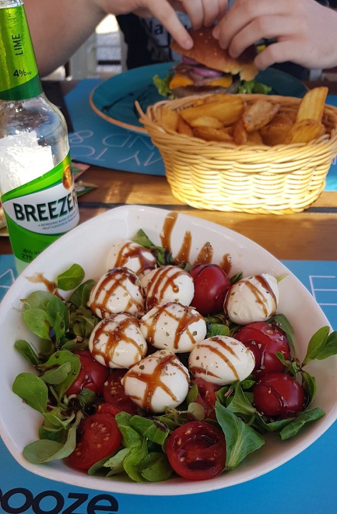 Salad at Beach and Booze Atmosphere Bar - Eating Split, Croatia Travel blog by BeckyBecky Blogs
