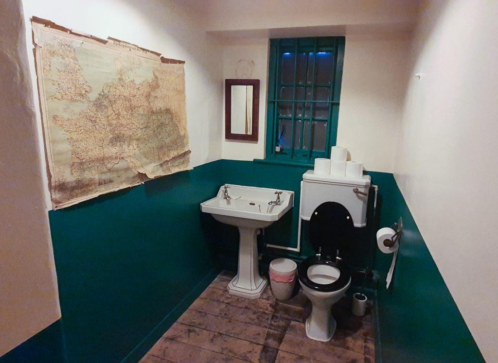 Period toilet - Station X escape room by TimeTrap Reading, review by BeckyBecky Blogs